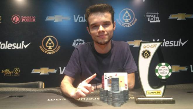 Leonardo foi o grande campeão da primeira etapa do Circuito Resenha do Poker 2020.