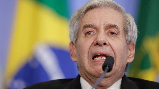 Senador pede impeachment de Augusto Heleno após nota em tom de ameaça ao STF