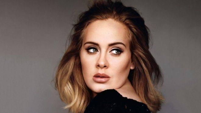 Adele revela que vai lançar novo álbum em setembro