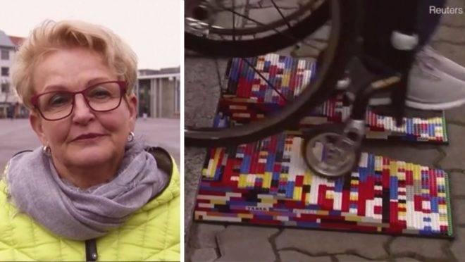 A alemã Rita Ebel sentia dificuldade para entrar nos estabelecimentos comerciais com sua cadeira de rodas, então colocou a ideia em prática com a ajuda do marido.