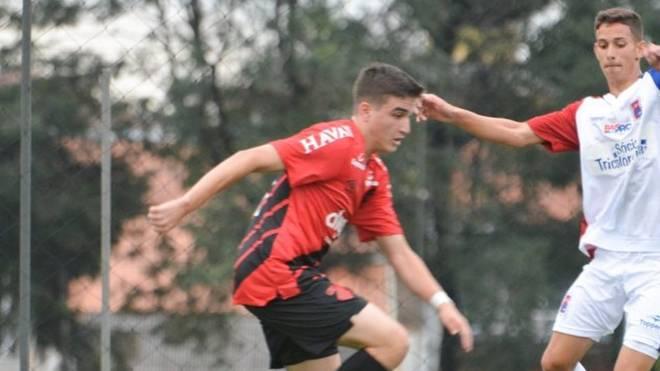 Filho de Paulo Rink foi inscrito pelo Athletico no Campeonato Paranaense