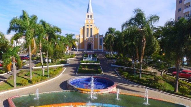 O município tem cerca de 24 mil habitantes e fica na RMC