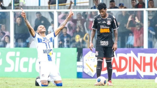 Corinthians perdeu mais uma sob o comando de Tiago Nunes