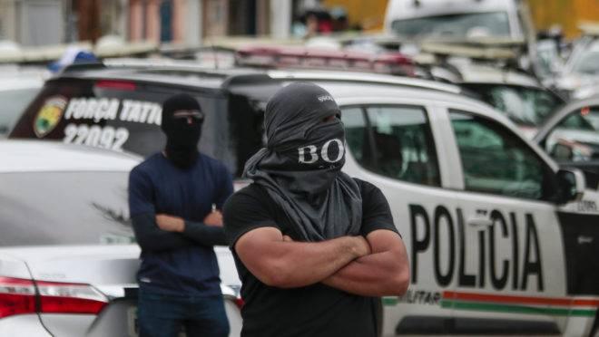 protestam em Fortaleza por melhores salários: Ceará registrou queda de 50% nos homicídios em 2019.
