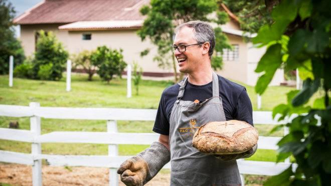 Foto para matéria sobre Rene Seifert do O Pão da Casa . pão caseiro massa fermentação longa natural padeiro Local: Colônia Witmarsum