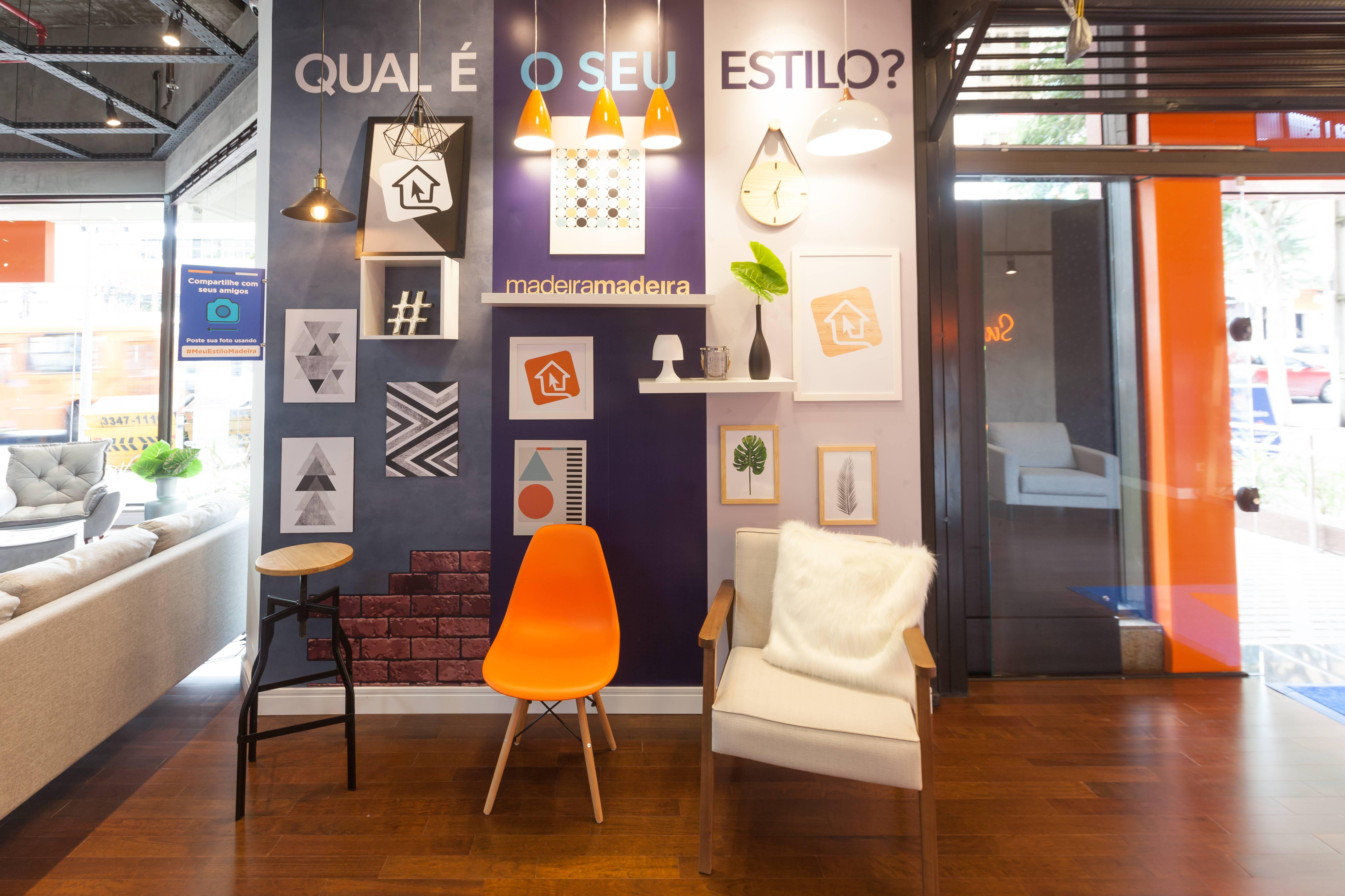 Espaços montados simulam ambientes de uma casa e convidam visitantes a fotografar e postar.
