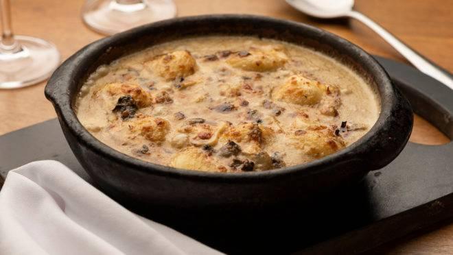 Servida tanto no almoço, como no jantar, a Conchiglia 4 Formaggi, do Barolo, é uma das atrações do Festival Bom Gourmet que começa hoje.