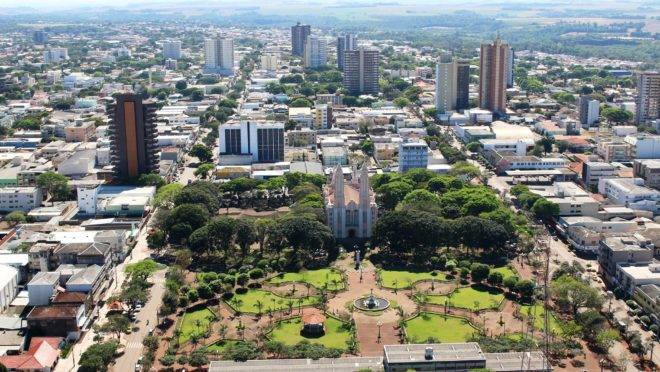 Campo Mourão fica na região central do estado.