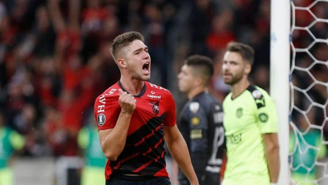 Bissoli fez o gol da vitória do Athletico na estreia.