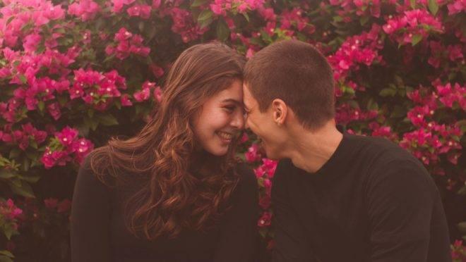 Numa relação tão intensa como a conjugal, o casal está exposto todo o momento à possibilidade de atritos, mas viver essa relação a partir da humildade é fundamental para que o casamento suscite o que há de melhor em cada um dos cônjuges