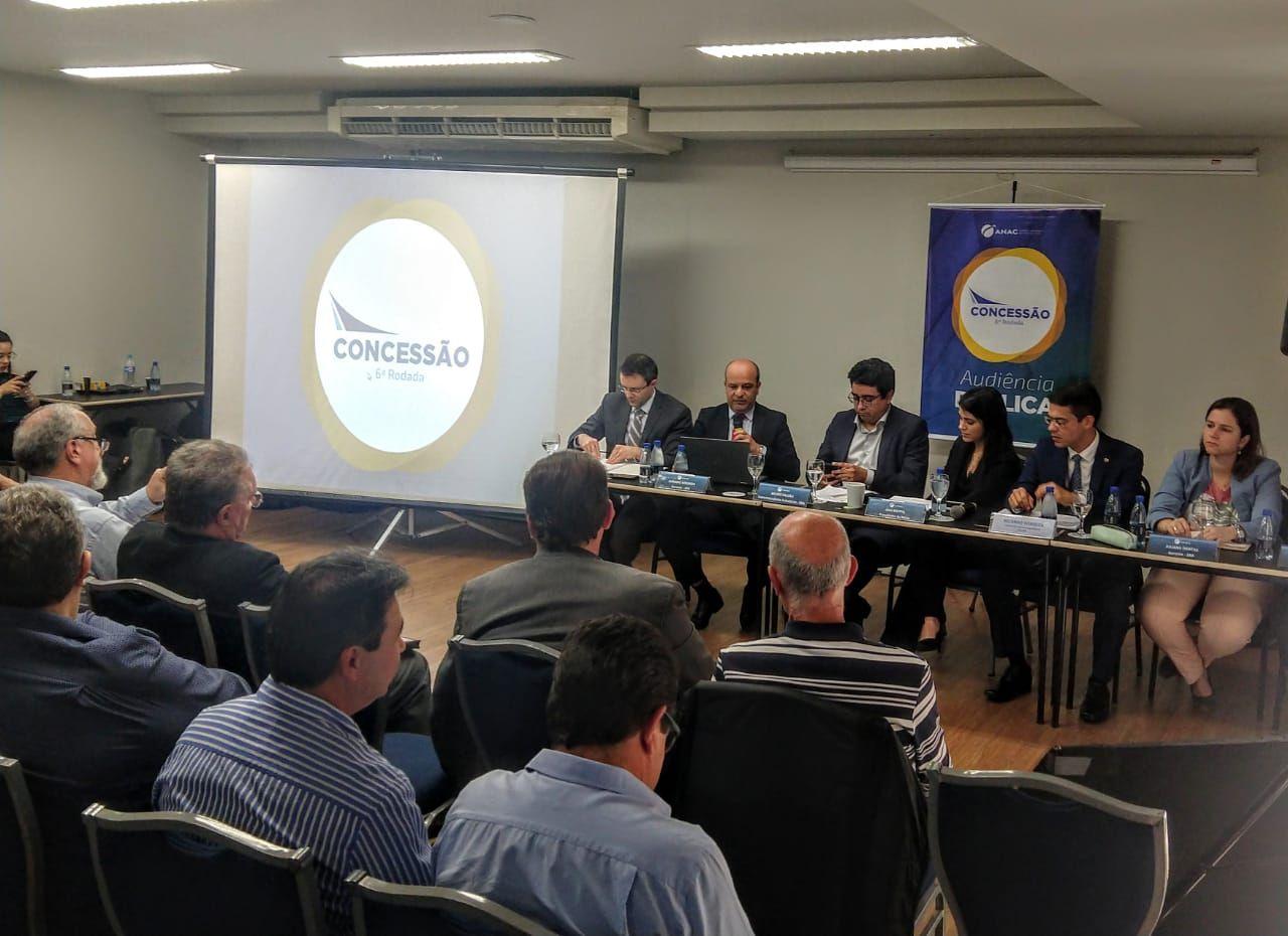 Audiência pública: paranaenses pediram compromisso público de que aeroporto terá pista que possibilite viagem sem escalas para longas distâncias