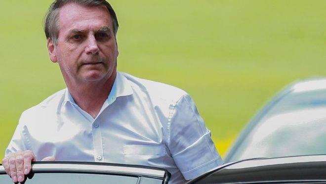 Presidente Jair Bolsonaro pressiona a equipe econômica a buscar um crescimento do PIB na ordem de 2% em 2020.