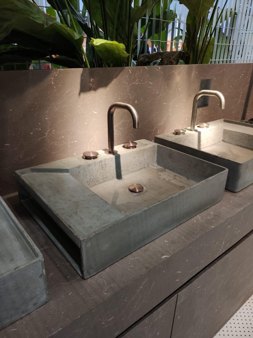 Destaque na primeira linha de louças da Docol. Em especial na assinada por Angelo Bucci, do SPBR Arquitetos, que este ano ganhou o cobiçado prêmio alemão iF Award Gold com peças para a Docol.