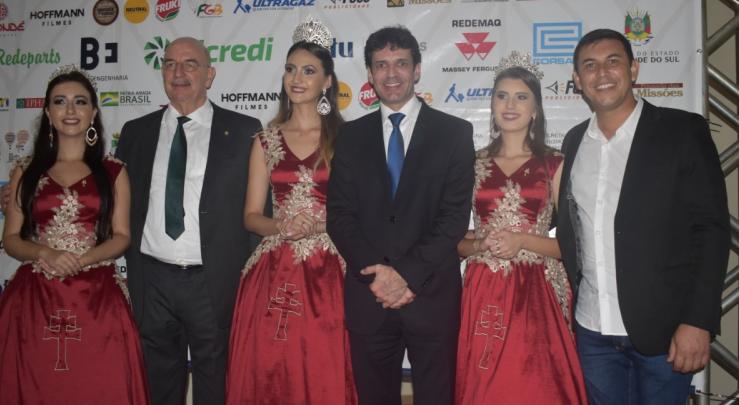 Ministros do Turismo, Marcelo Álvaro Antônio, e da Cidadania, Osmar Terra, prestigiaram o 1º Festival de Balonismo de São Miguel das Missões (RS),,em abril de 2019.