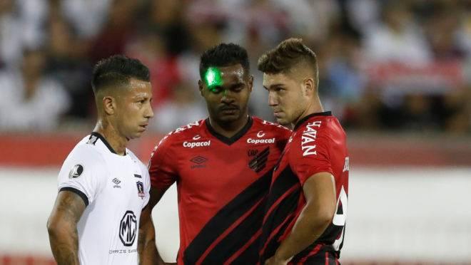 Athletico perdeu para o Colo-Colo na segunda rodada