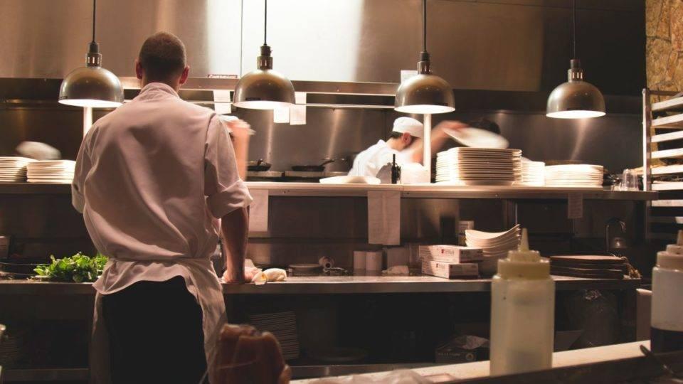 Guia completo: como o restaurante deve agir na pandemia de coronavírus