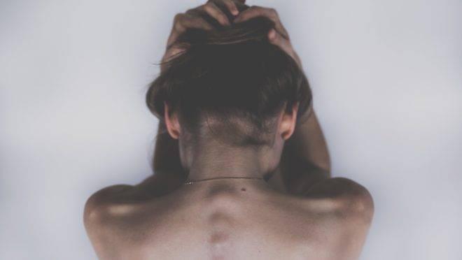 Terapias hormonais em crianças e adolescentes podem oferecer riscos irreversíveis à saúde