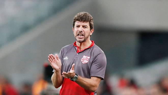 Tcheco não é mais treinador do Rio Branco
