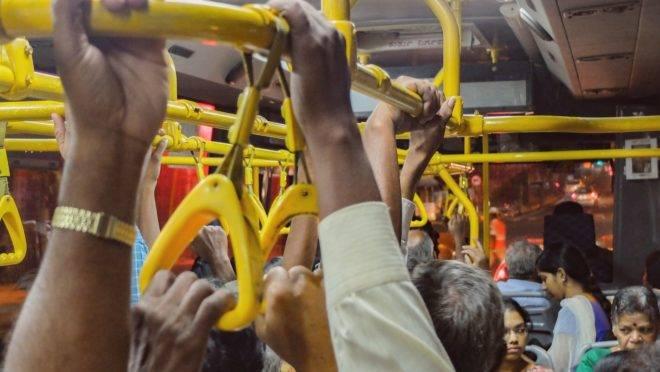 Como se proteger do coronavírus nos transportes públicos e coletivos?