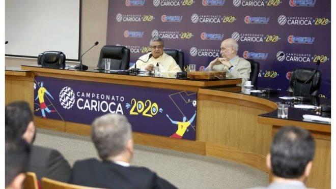Reunião da FERJ que definiu pela paralisação do Carioca.