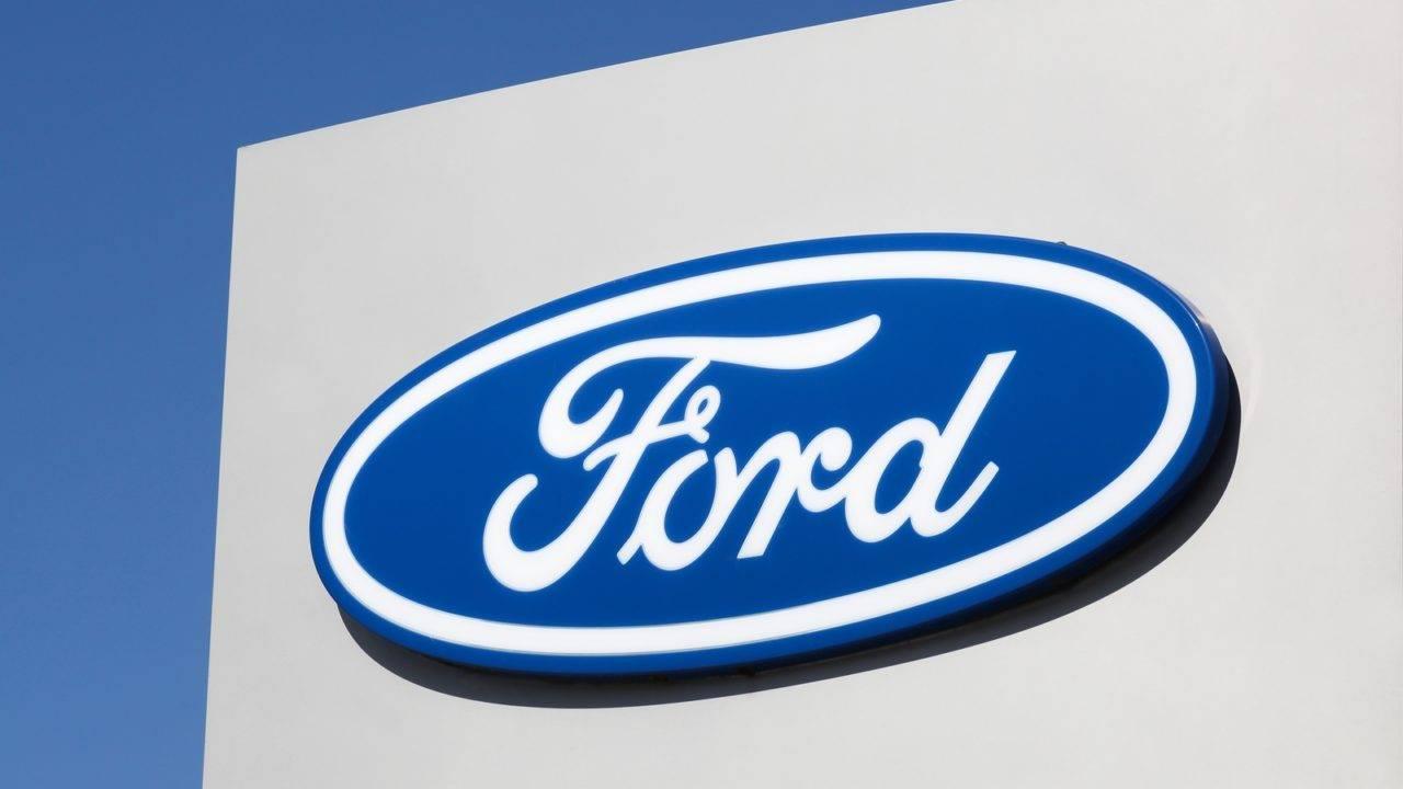 Ford diz que produzirá 50 mil respiradores em parceria com GM
