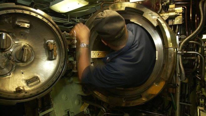 Tripulante de submarino dá dicas para enfrentar o isolamento