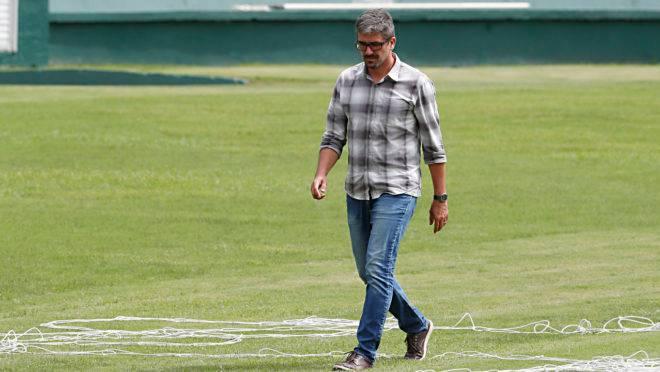 Executivo de futebol do Coritiba, Rodrigo Pastana.