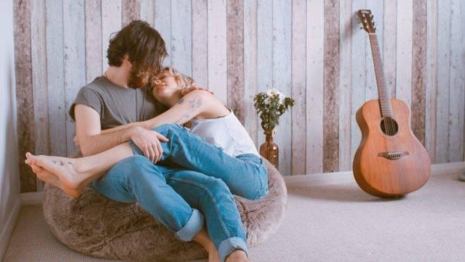 7 dicas para fortalecer o vínculo entre o casal durante a quarentena