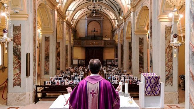 Itália padres coronavírus
