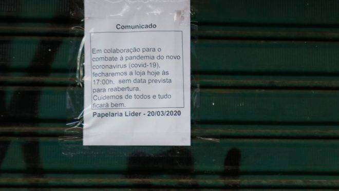 Comércio fechado no Rio de Janeiro.