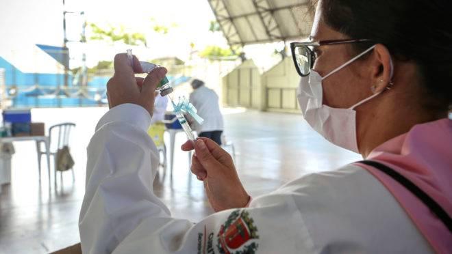 Vacina da gripe acaba em dois dias. Curitiba, 24/03/2020. Foto: Luiz Costa/SMSC
