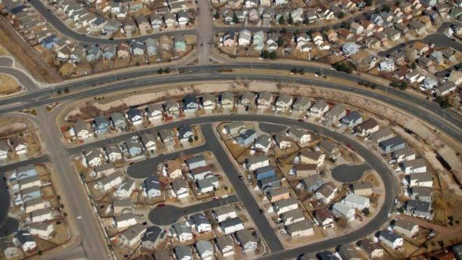 A urbanização foi uma das consequências da grande prosperidade econômica que se seguiu ao fim da Segunda Guerra Mundial.