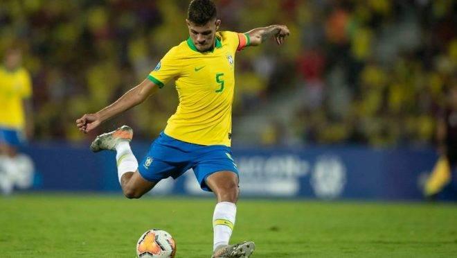 Fifa aumenta limite de idade e Bruno Guimarães poderá disputar a Olimpíada