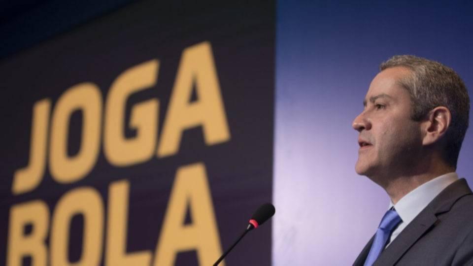 CBF repassa ajuda milionária para clubes das Séries C e D durante paralisação