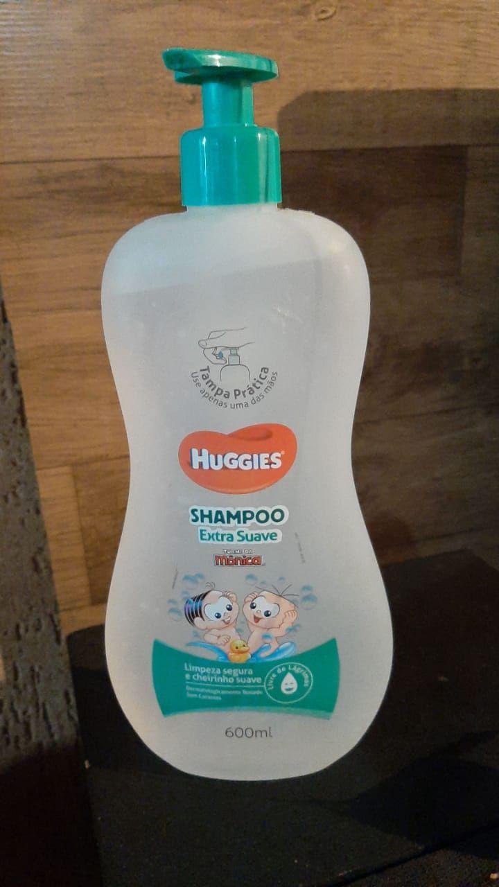 Frasco de shampoo com álcool em gel dentro. Foto: Arquivo pessoal