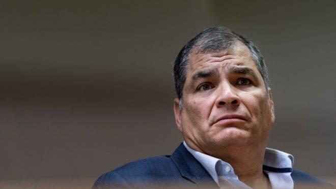 O ex-presidente do Equador Rafael Correa, em coletiva de imprensa no Parlamento Europeu, em Bruxelas, outubro de 2019. Correa foi condenado a oito anos de prisão pela Justiça do Equador
