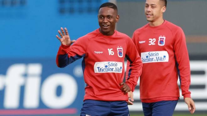 Jhonny Lucas se despediu do Paraná em agosto do ano passado.