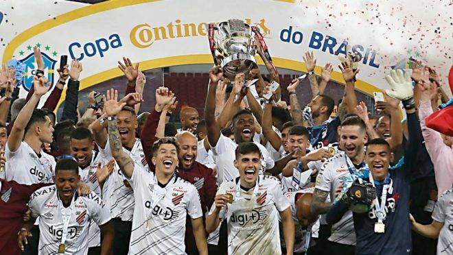 Athletico comemorou o primeiro título da Copa do Brasil em 2019