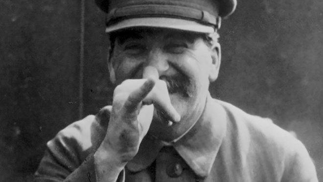 Os sovietes prometiam ser uma experiência democrática como nenhuma outra. Mas o que se viu foi a concentração de poder nas mãos de Stalin.