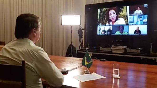 O presidente Jair Bolsonaro participa de live com líderes religiosos no domingo de Páscoa.