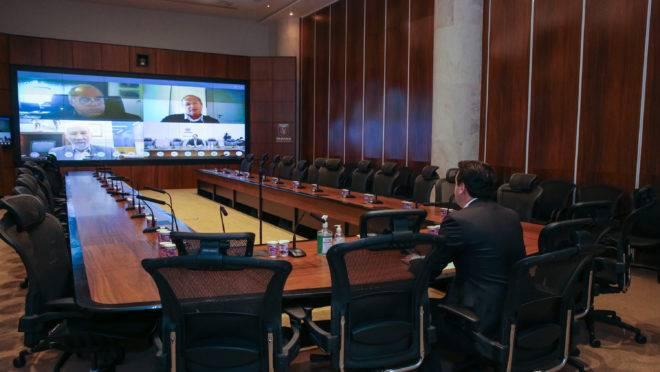 Governador Ratinho Junior em reunião por videoconferência com lideranças do setor produtivo que formam o chamado G7.