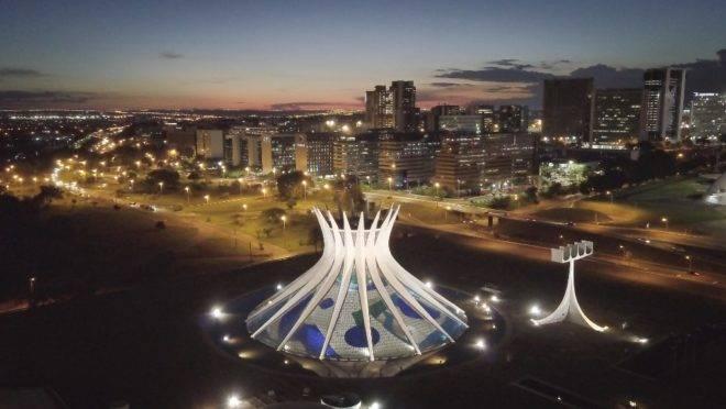 Em 21 de abril de 1960, o Brasil inaugurava a sua nova capital, Brasília