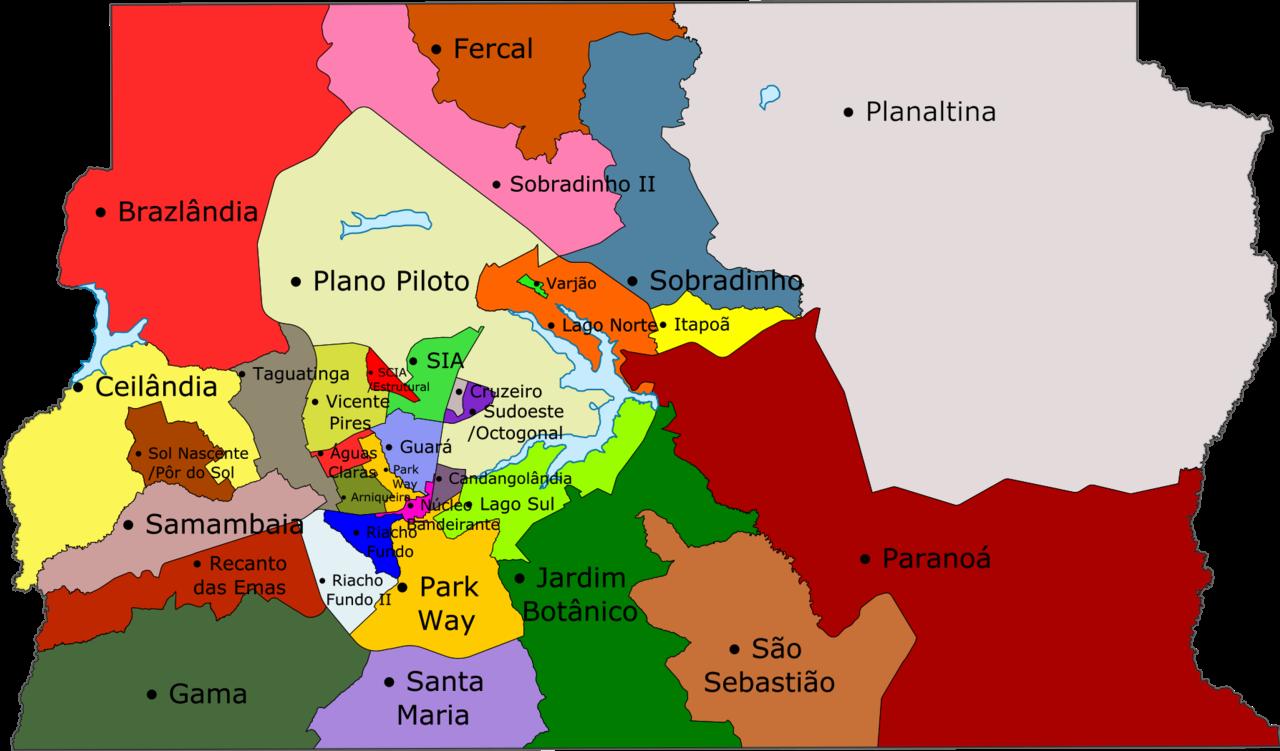 Mapa com as 33 regiões administrativas do DF. Brasília pode ser considerada a RA I, denominada no mapa como Plano Piloto, ou o conjunto de todas as RAs.