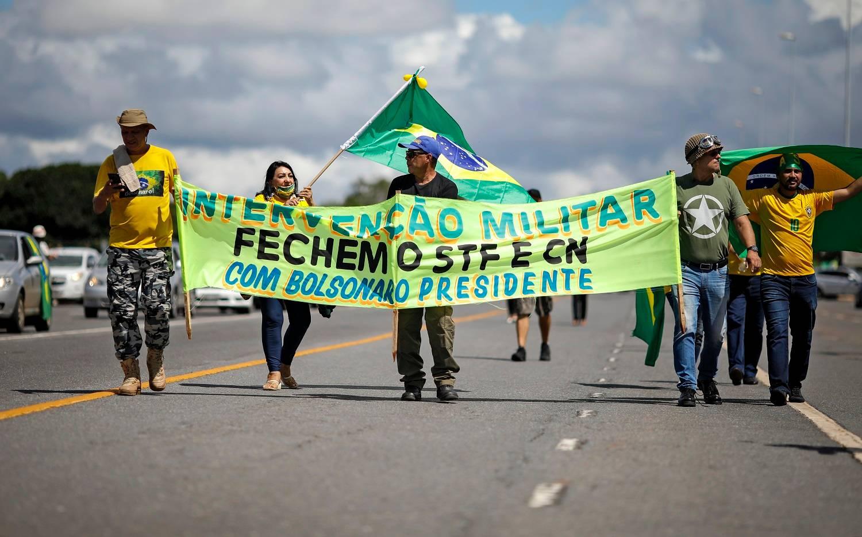 Manifestações do último domingo (31), em Brasília, voltaram a defender intervenção militar e o fechamento do STF e do Congresso: qual o limite para se manifestar publicamente?