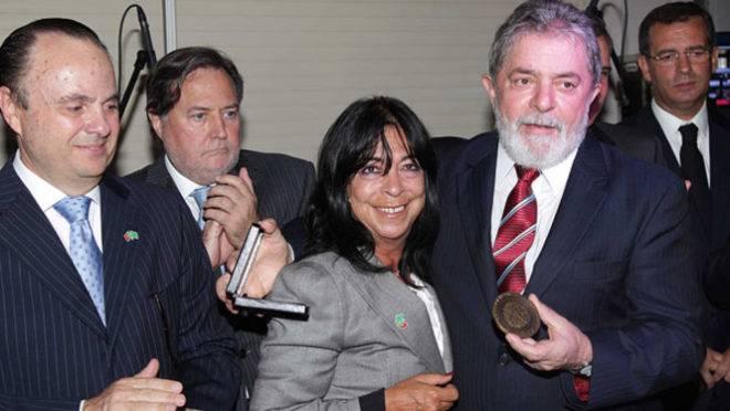 Lula recebeu medalha Leonardo da Vinci em Lisboa, em 2011
