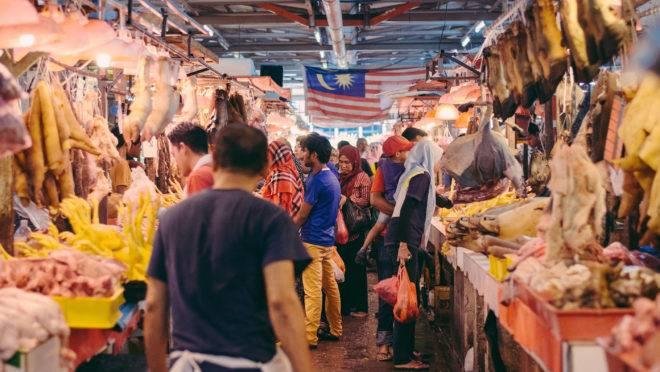 mercados-umidos-Kuala Lumpur, Malaysia-april 9: Business Activities At Chow Kit