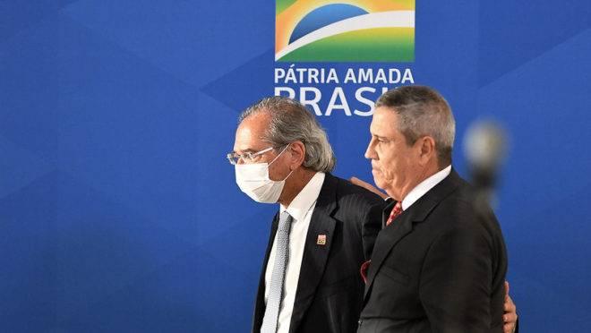 Os ministros Paulo Guedes e Braga Netto trocaram afagos em coletiva de imprensa sobre o Pró-Brasil