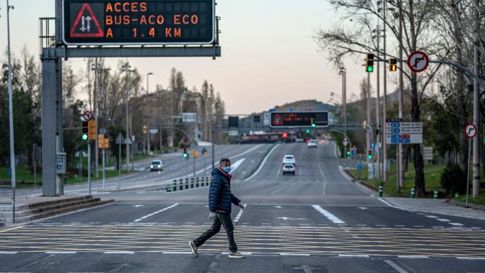 Surto de coronavírus na Catalunha obriga governo a voltar a confinar 200 mil pessoas