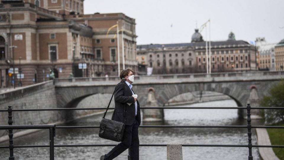 Casos de Covid-19 desaceleram na Suécia, enquanto Europa passa por 2ª onda