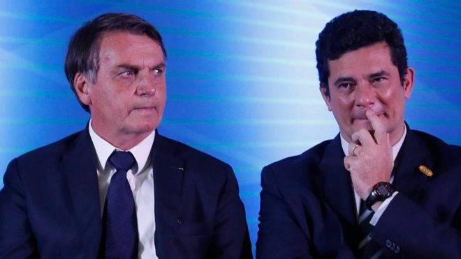 O presidente da República, Jair Bolsonaro, ao lado do ex-ministro da Justiça e ex-juiz federal Sergio Moro